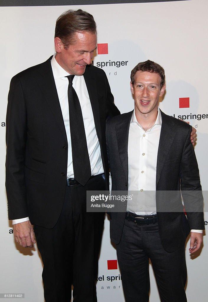 Matthias Doepfner (L) and Marc Zuckerberg attend the Axel Springer Award ceremony on February 25, 2016 in Berlin, Germany.