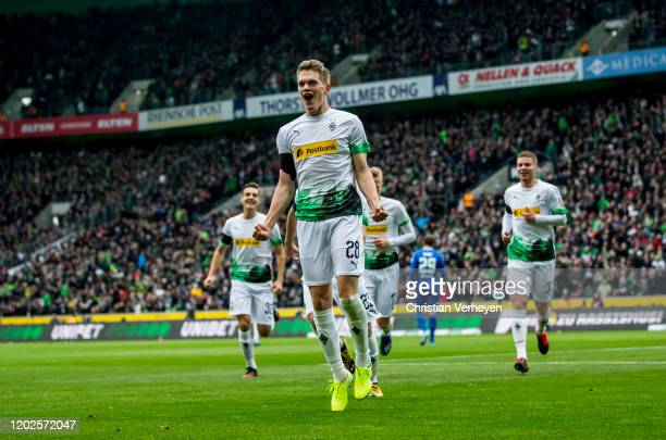 Matthias Ginter of Borussia Moenchengladbach celebrate after he score his teams first goal during the Bundesliga match between Borussia...