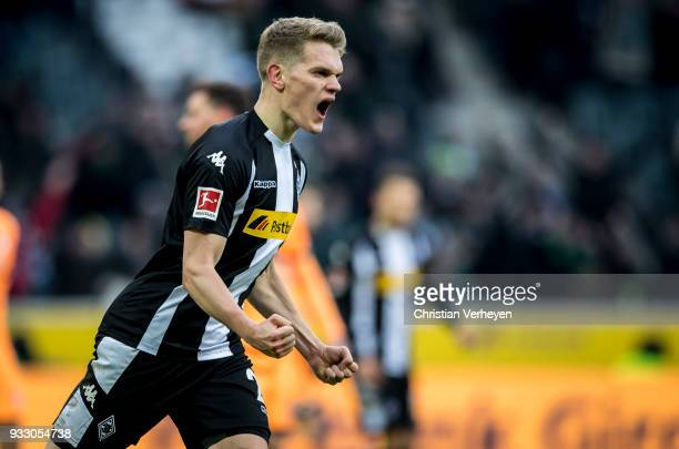 Matthias Ginter of Borussia Moenchengladbach celebrate his teams third goal during the Bundesliga match between Borussia Moenchengladbach and TSG...