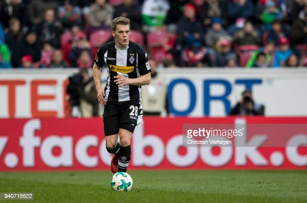 Matthias Ginter of Borussia Moenchengladbach controls the ball during the Bundesliga match between 1 FSV Mainz 05 and Borussia Moenchengladbach at...