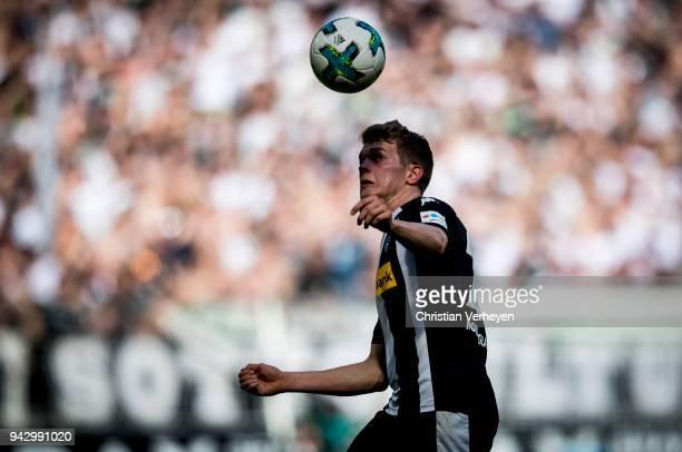 Matthias Ginter of Borussia Moenchengladbach controls the ball during the Bundesliga match between Borussia Moenchengladbach and Hertha BSC at...
