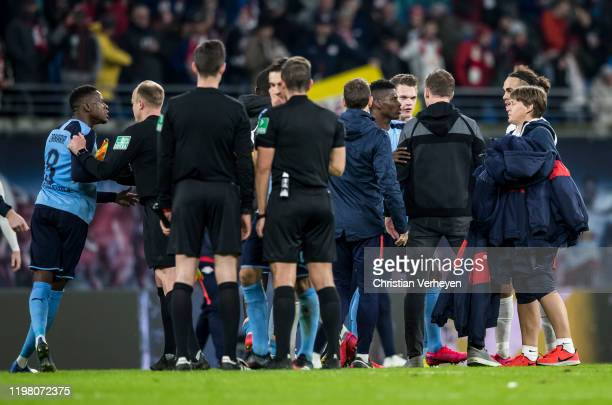 Matthias Ginter of Borussia Moenchengladbach discuss with Headcoach Julian Nagelsmann of RB Leipzig after the Bundesliga match between RB Leipzig and...