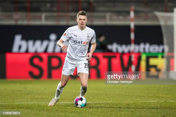 Matthias Ginter of Borussia Moenchengladbach in action during the Bundesliga match between 1. FC Union Berlin and Borussia Moenchengladbach at...