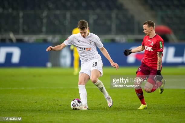 Matthias Ginter of Borussia Moenchengladbach in action during the Bundesliga match between Borussia Moenchengladbach and 1.FC Koeln at Borussia-Park...