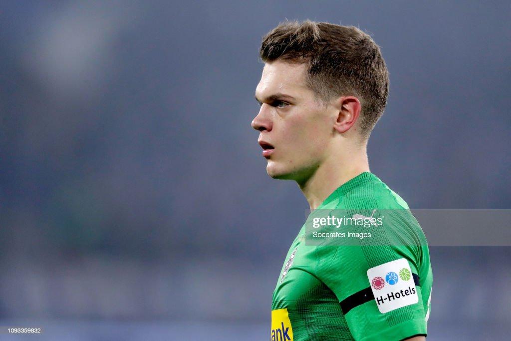 Schalke 04 v Borussia Monchengladbach - German Bundesliga : News Photo