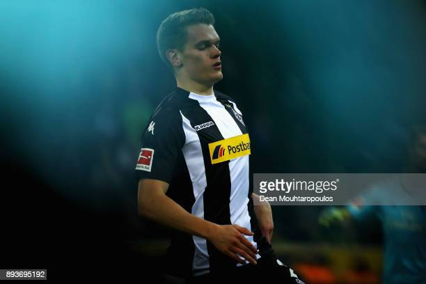 Matthias Ginter of Borussia Monchengladbach in action during the Bundesliga match between Borussia Moenchengladbach and Hamburger SV at BorussiaPark...