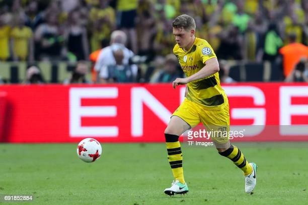 Matthias Ginter of Dortmund controls the ball during the DFB Cup final match between Eintracht Frankfurt and Borussia Dortmund at Olympiastadion on...