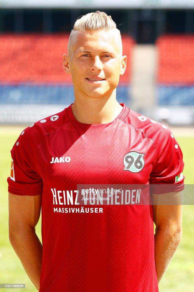 Matthias Ostrzolek Freundin