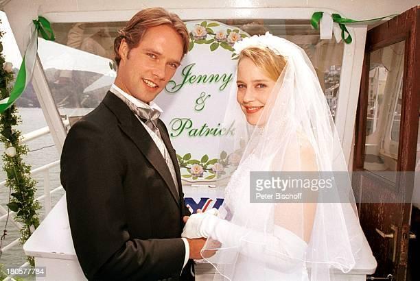 Matthias Schloo Floriane Daniel ZDFSpielfilm Wind über dem Fluss Südengland/England/Großbritannien Hochzeit Hochzeitskleid Schleier Braut Bräutigam...