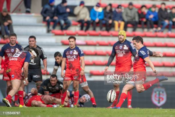 Matthieu Ugalde of Grenoble kicks a drop goal during the Stade Toulouse vs FC Grenoble Rugby Top 14 Orange Ligue Nationale de Rugby France match at...