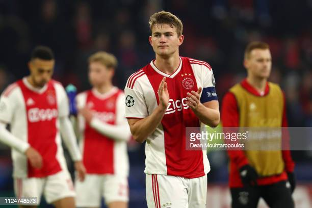 Matthijs de Ligt of Ajax acknowledges the fans after the UEFA Champions League Round of 16 First Leg match between Ajax and Real Madrid at Johan...