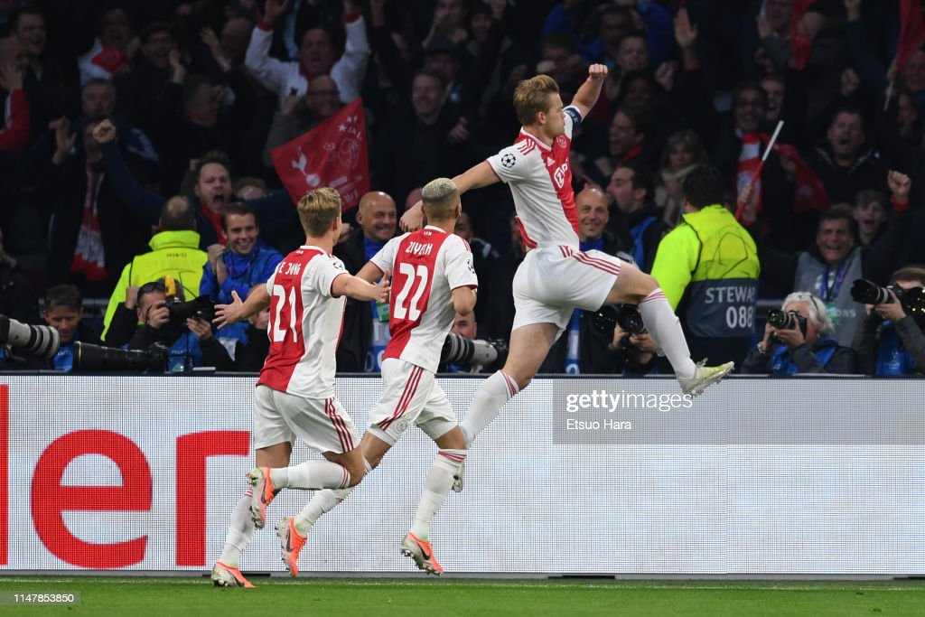 Ajax v Tottenham Hotspur - UEFA Champions League Semi Final: Second Leg : News Photo
