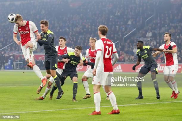 Matthijs de Ligt of Ajax Luuk de Jong of PSV Maximilian Wober of Ajax Marco van Ginkel of PSV Kasper Dolberg of Ajax Frenkie de Jong of Ajax Derrick...