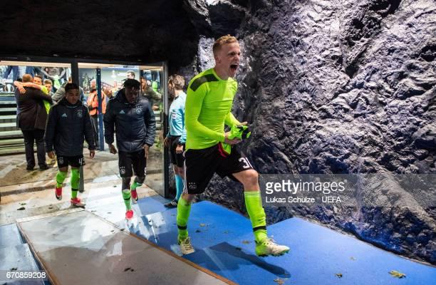 Matthijs de Ligt of Amsterdam celebrates after the UEFA Europa League quarter final second leg match between FC Schalke 04 and Ajax Amsterdam at...