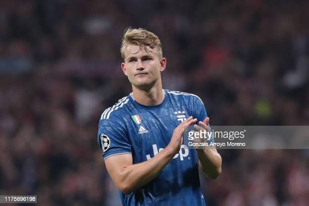 Matthijs de Ligt of Juventus acknowledges the audience after the UEFA Champions League group D match between Atletico Madrid and Juventus at Wanda...