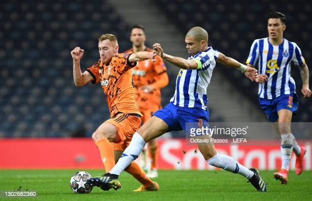Matthijs De Ligt of Juventus battles for possession with Pepe of FC Porto during the UEFA Champions League Round of 16 match between FC Porto and...