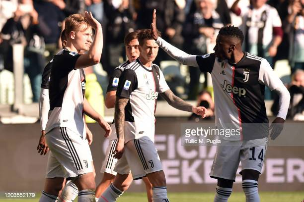 Matthijs De Ligt of Juventus celebrates with team mates after scoring his team's third goal during the Serie A match between Juventus and ACF...
