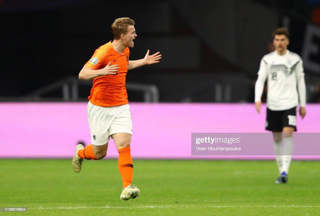 Netherlands v Germany - UEFA EURO 2020 Qualifier : ニュース写真