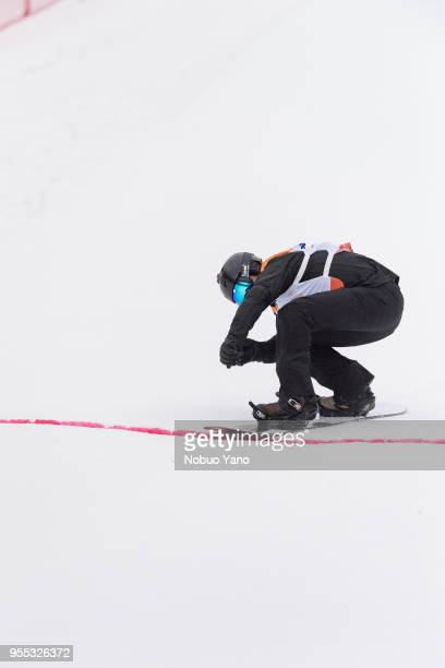 Matti SuurHamari of Finland competes in the Snowboard Men's Bank Slalom SBULL2 Run2 during day 7 of the PyeongChang 2018 Paralympic Games on March 16...