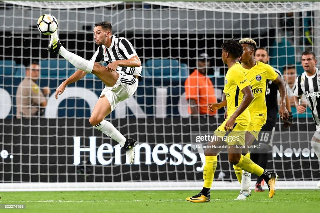 Mattia De Sciglio in action during the International Champions Cup 2017 match between Juventus and Paris Saint Germain at Hard Rock Stadium on July 26, 2017 in Miami Gardens, Florida.