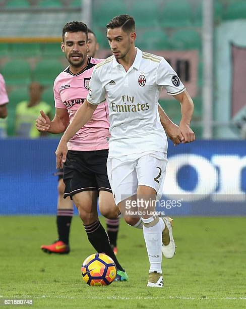 Mattia De Sciglio of Milan during the Serie A match between US Citta di Palermo and AC Milan at Stadio Renzo Barbera on November 6 2016 in Palermo...