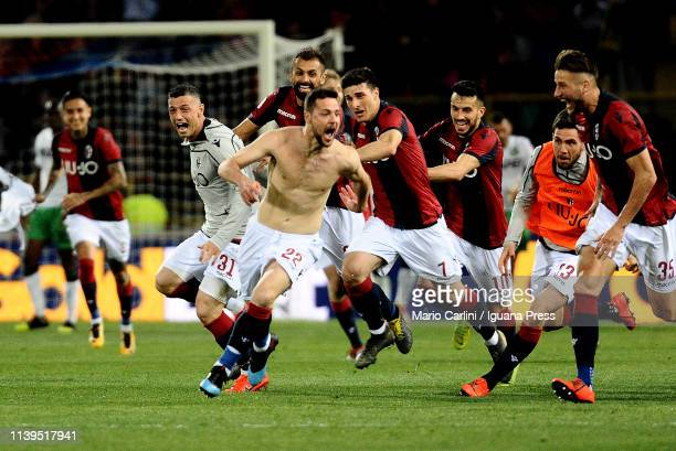 Mattia Destro of Bologna FC celebrates after scoring his team's second goal during the Serie A match between Bologna FC and US Sassuolo at Stadio...
