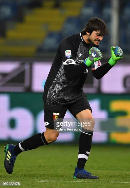 Mattia Perin of Genoa CFC celebrates after his teammate Daniel Bessa scored a goal during the Serie A match between Genoa CFC and Hellas Verona FC at...