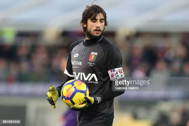 Mattia Perin of Genoa CFC in action during the Serie A match betweenACF Fiorentina and Genoa CFC at Stadio Artemio Franchi on December 17 2017 in...