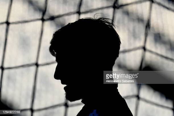 Mattia Perin of Genoa CFC looks on during the Serie A match between US Sassuolo and Genoa CFC at Mapei Stadium - Città del Tricolore on January 06,...