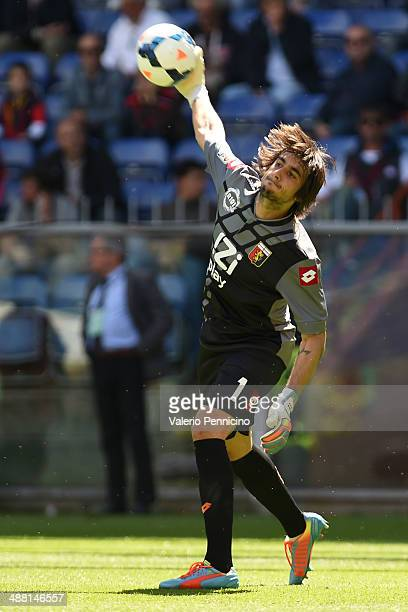 Mattia Perin of Genoa CFC throws the ball during the Serie A match between Genoa CFC and Bologna FC at Stadio Luigi Ferraris on May 4 2014 in Genoa...