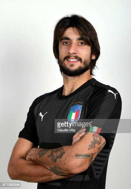 Mattia Perin of Italy poses during the official portrait session at Coverciano on November 6 2017 in Florence Italy
