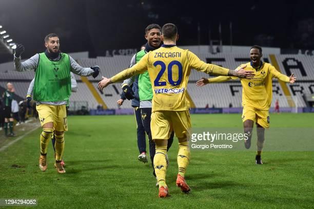 Mattia Zaccagni of Hellas Verona FC celebrates his opening goal with team mates during the Serie A match between Spezia Calcio and Hellas Verona FC...