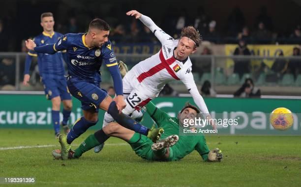 Mattia Zaccagni of Hellas Verona scores his goal during the Serie A match between Hellas Verona and Genoa CFC at Stadio Marcantonio Bentegodi on...