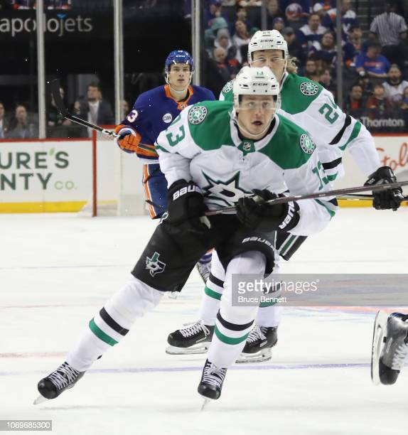 Mattias Janmark of the Dallas Stars skates against the New York Islanders at the Barclays Center on November 18 2018 in the Brooklyn borough of New...