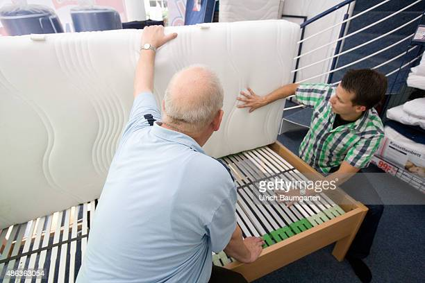 Mattresses and bed purchase Seller declares young man mattress and slatted frame