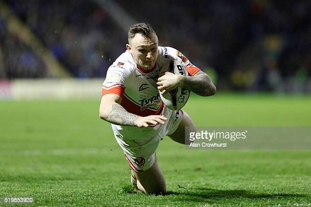 Matty Dawson scores a try for St Helens during the First Utility Super League match between Warrington Wolves and St Helens at Halliwell Jones...
