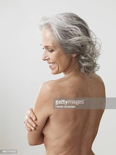 mature beauty - medelålders kvinnor naken bildbanksfoton och bilder