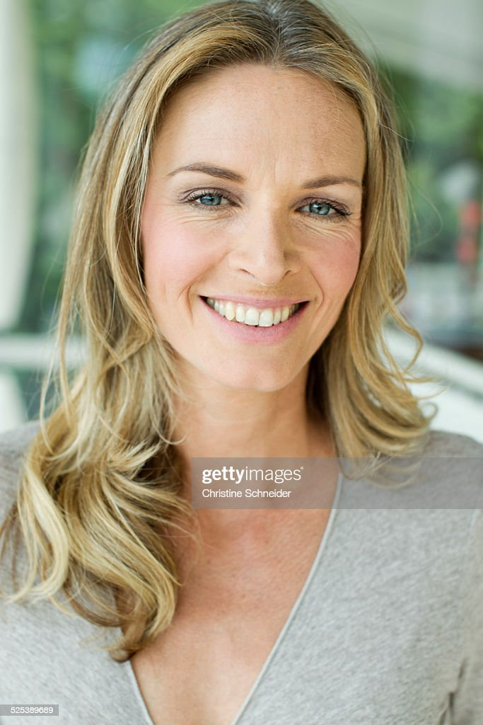 Mature Blonde Woman Close Up Portrait High-Res Stock Photo - Getty Images-2823