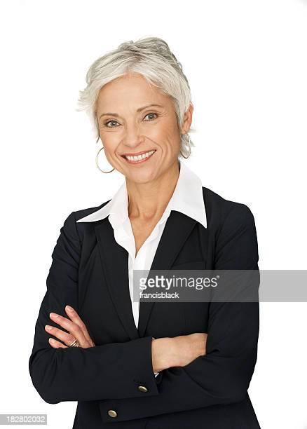 Femme d'affaires d'âge mûr sur fond blanc.