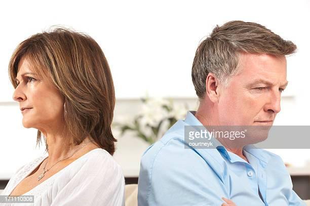 Älteres Paar Kämpfen