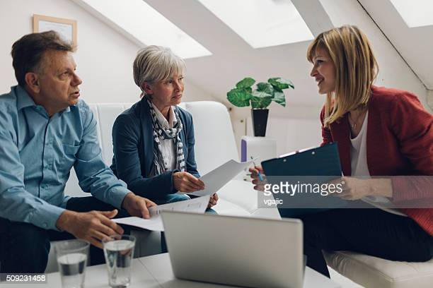 Mature Couple Conseiller financier réunion