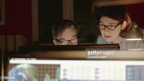 Älteres Paar Büro