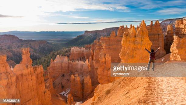 mature woman hiking bryce canyon national park - bryce canyon stock pictures, royalty-free photos & images