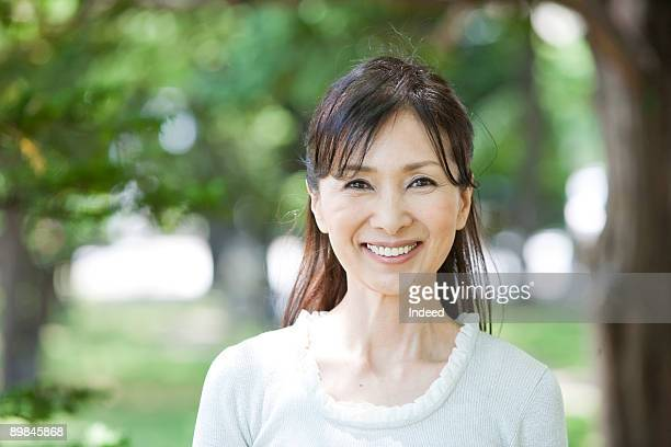 60Japanese Mature Women - Getty Images-5012