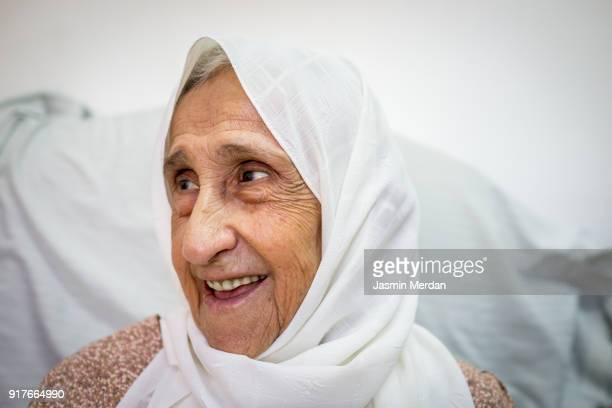 mature woman with headscarf - jordan middle east stock pictures, royalty-free photos & images