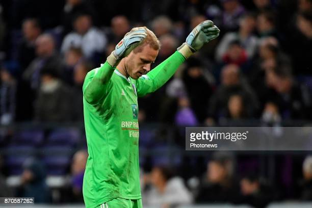 Matz Sels goalkeeper of RSC Anderlecht during the Jupiler Pro League match between RSC Anderlecht and Club Brugge on November 05 2017 in Anderlecht...