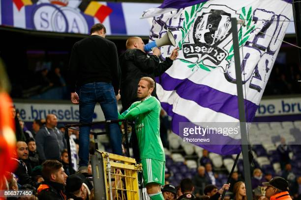 Matz Sels goalkeeper of RSC Anderlecht RSC Anderlecht celebrates during the Jupiler Pro League match between RSC Anderlecht and Zulte Waregem on...