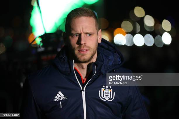 Matz Sels of RSC Anderlecht arrives for the UEFA Champions League group B match between Celtic FC and RSC Anderlecht at Celtic Park on December 5...