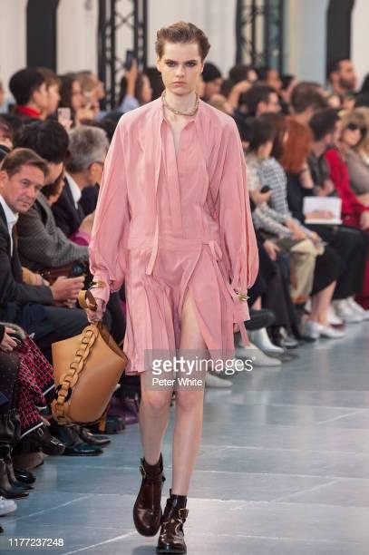 Maud Hoevelaken walks the runway during the Chloe Womenswear Spring/Summer 2020 show as part of Paris Fashion Week on September 26, 2019 in Paris,...