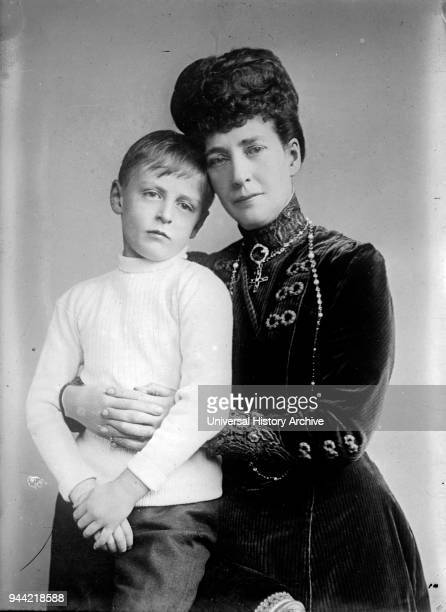 Maud Queen of Norway with her son Prince Olav Maud was Queen of Norway as spouse of King Haakon VII Olav V was King of Norway from 1957 until his...